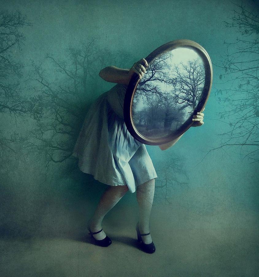 Alice nel paese delle meraviglie leggi mamma leggi - Alice dietro lo specchio ...